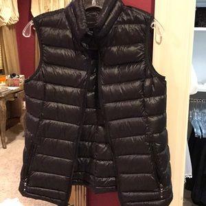 Bcbg puffer vest